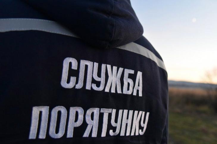 Непогода на Николаевщине: повреждены крыши десятков домов, трех школ и детского сада