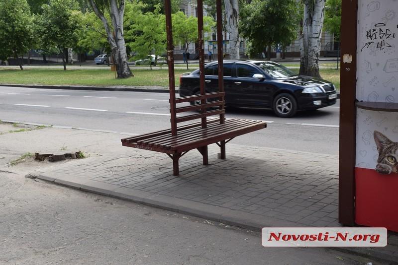 В Николаеве отметили пропуска для транспорта – обстановка на остановках