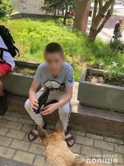 В Николаеве 12-летний подросток пошел гулять утром, а ночью полиции пришлось его искать