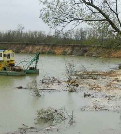 На Вознесенщине директор гранитного карьера с нарушениями добывал ископаемые и принес ущерба на 1,5 млн