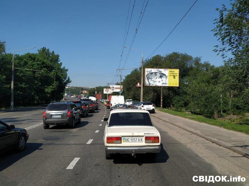 Из-за показательных выступлений Зеленского три области Украины провели выходные в транспортном коллапсе