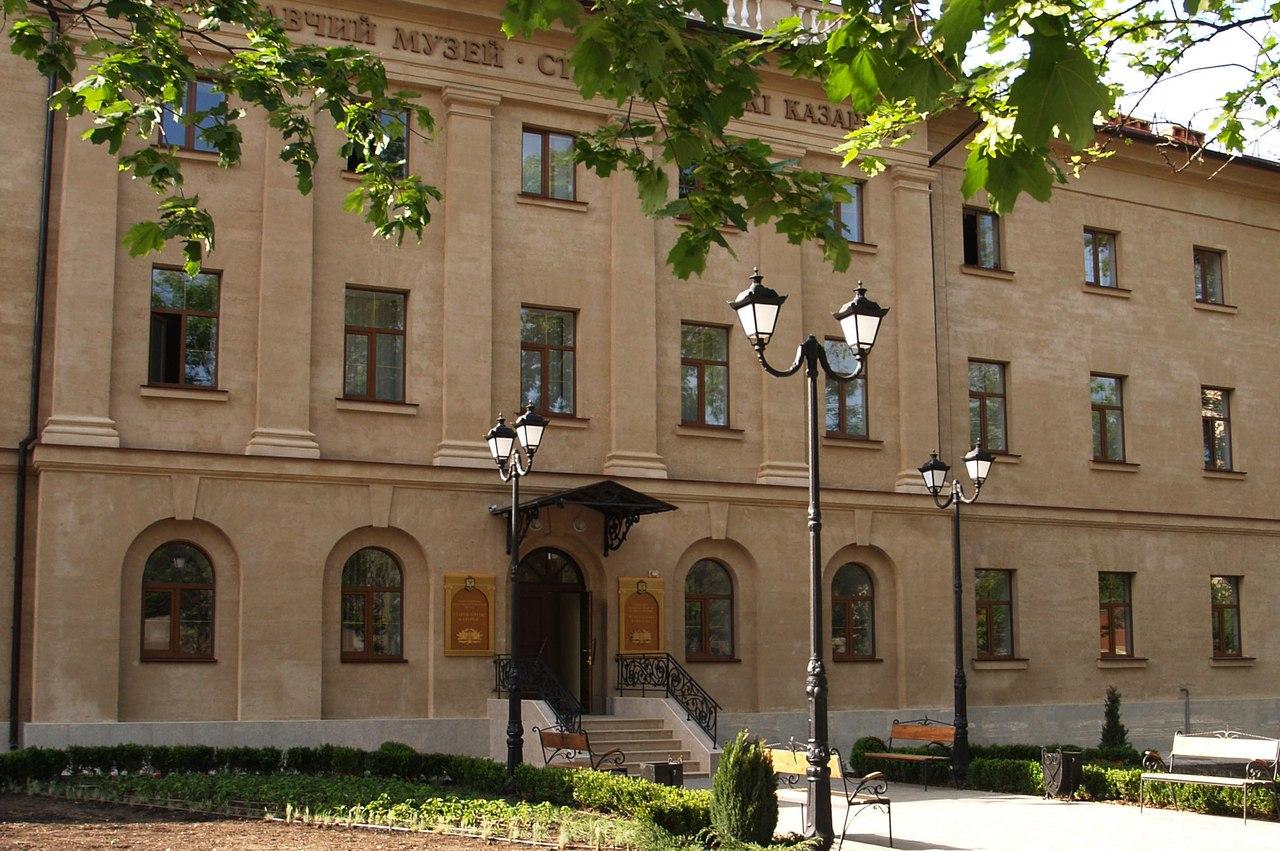 «Старофлотские казармы» зовут начать новую неделю лета с интересных экскурсий