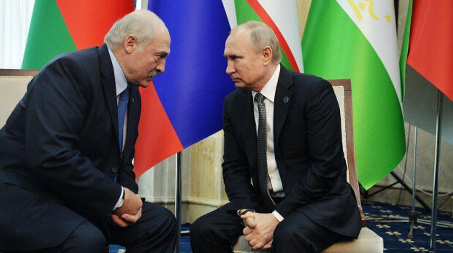 В сети высмеяли фотожабой отношения Путина и Лукашенко