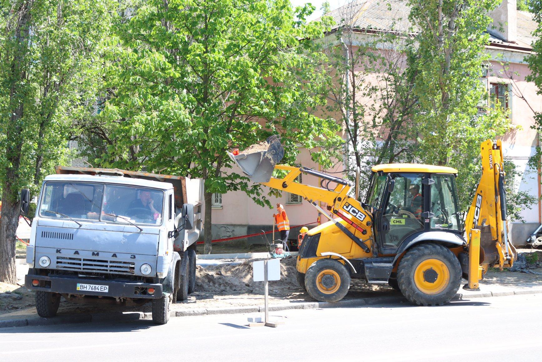 В Николаеве на несколько дней перекроют перекресток Крылова-Карпенко: нужна замена контактной сети