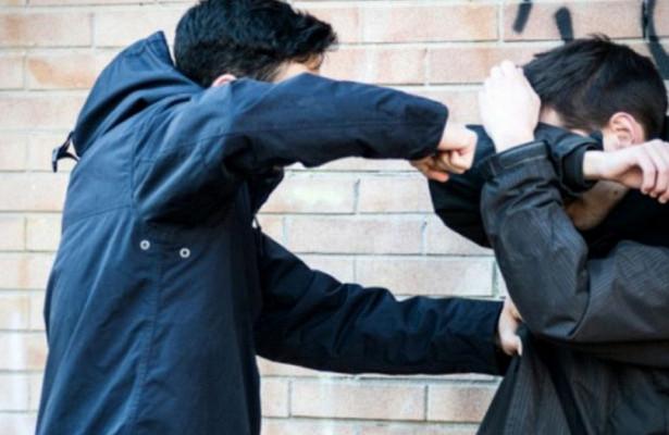 Юноше, который избил 16-летнего жителя Николаевщины, грозит штраф или исправительные работ