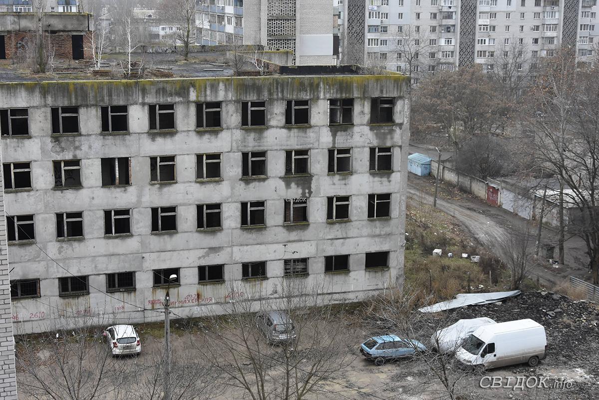 В Николаеве ректор заявил, что местные депутаты вместо развития медицины заботятся лишь о своих интересах