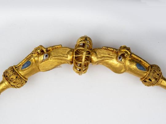 Сокровища правителя Ольвии царя Инисмея представили на выставке старинного золота в Киеве