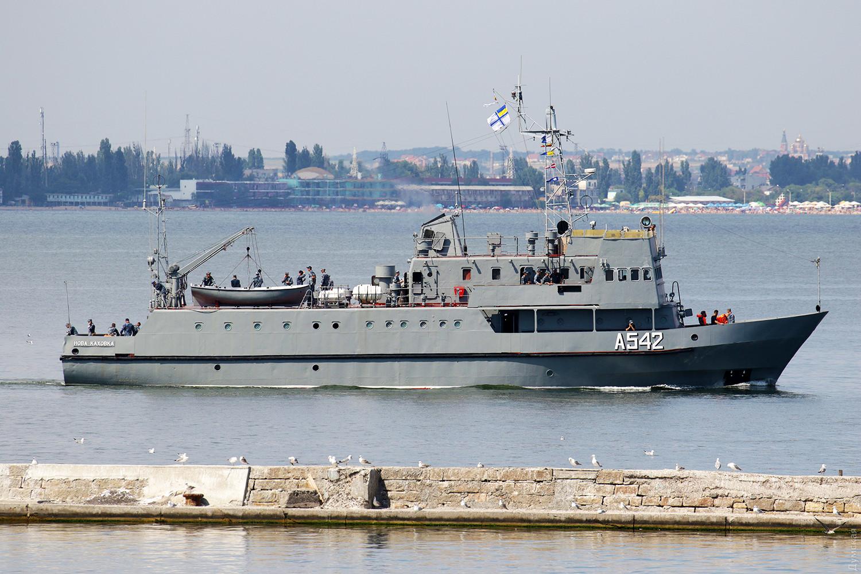 В Николаеве завершили ремонт учебного катера ВМСУ «Новая Каховка»